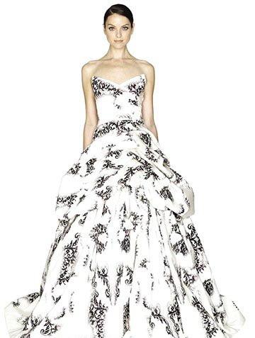 Robe pour mariage de Monique Lhuillier, style chinois avec dessin d'encre