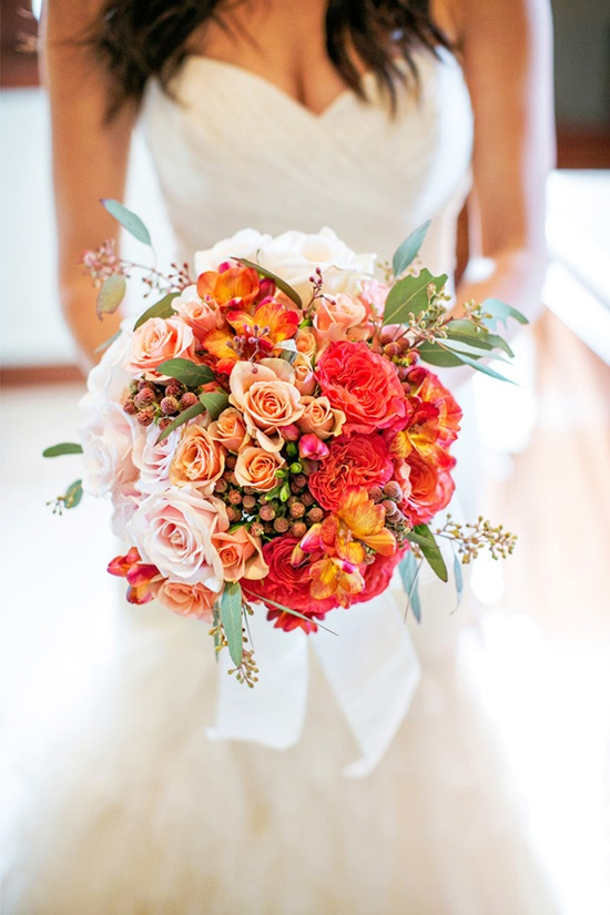 Un bouquet plus color¨¦