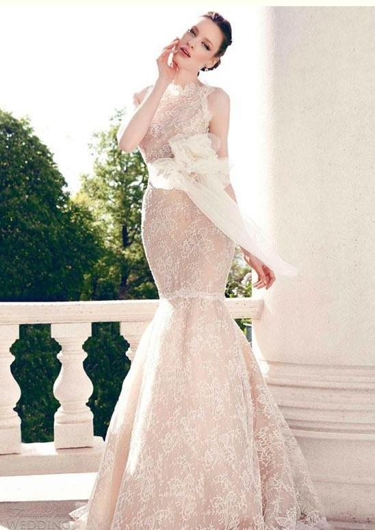 robe de mariage en dentelle sirène de Yumi Katsura