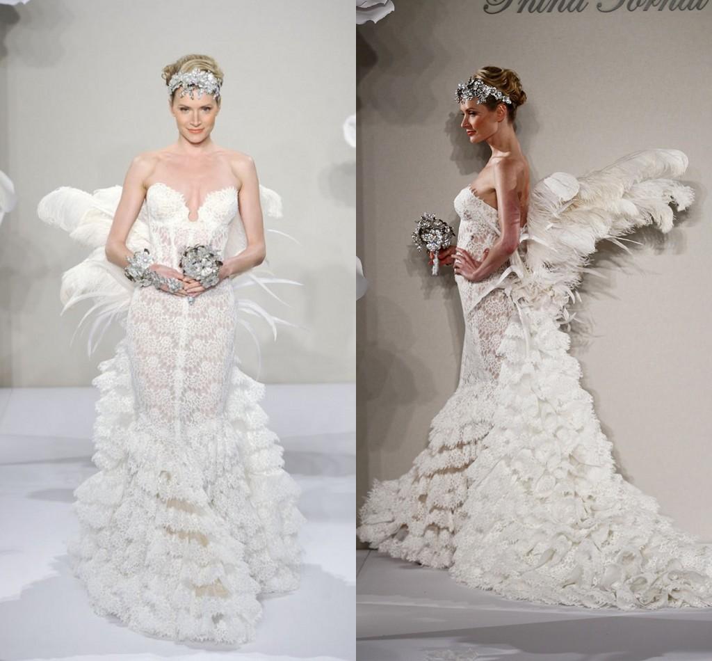 Robe de mariée sexy et moderne créée par Pnina Tornai