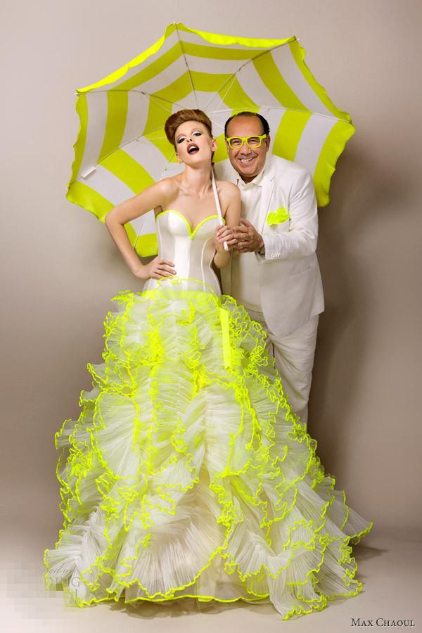 Robe de mariée bustier cœur ornée de plis fluo signée par Max chaoul
