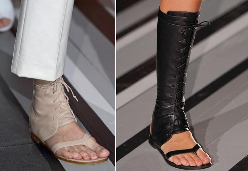 Tendances 2013 de chaussures plates en cuir: Victoria Beckham et Sandales Guetre