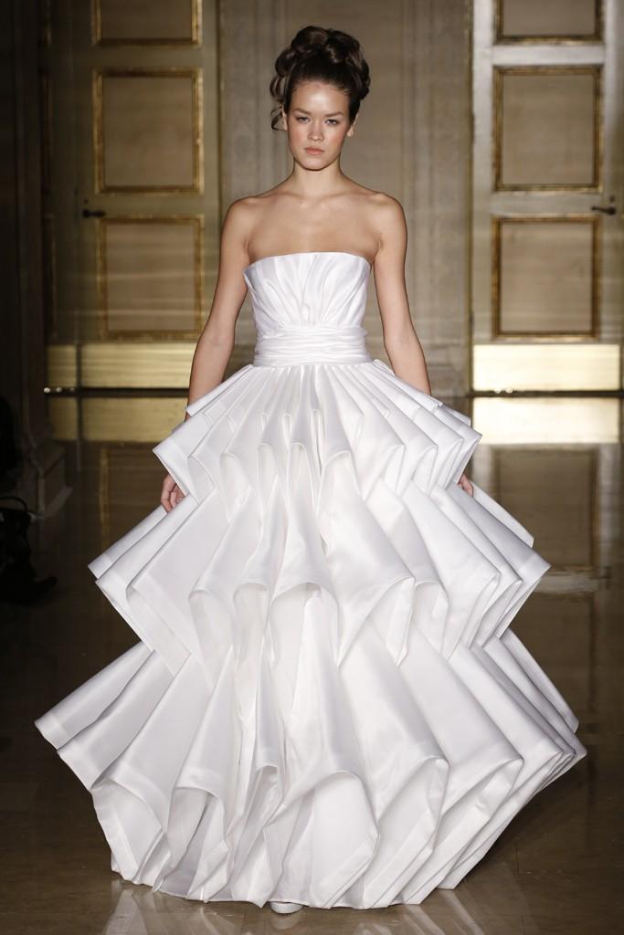 Robe de mariage de Douglas Hannant Automne 2013