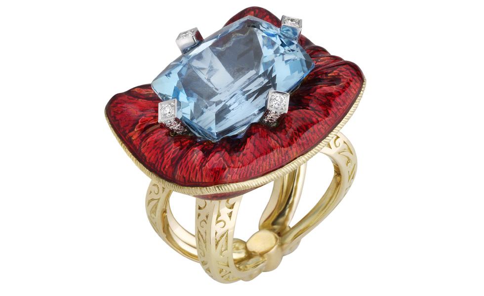 Un anneau ressemblé à un lit, issue de la collection Seven Deadly Sins de Stephen Webster.