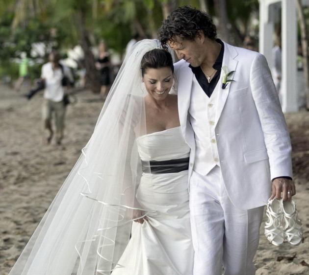 Robe de mariée de Shania Twian ceinture noire