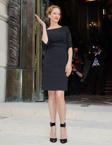 Robe courte noire haute couture