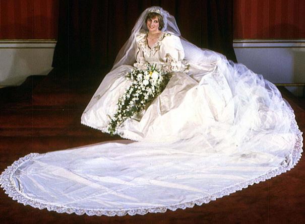 Les mariages princiers : loccasion de robes de mariée majestueuses