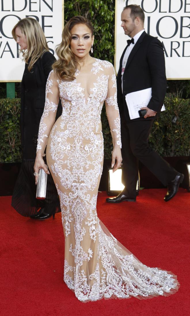 Jennifer Lopez était ultra glamour dans une robe sirène dentelle