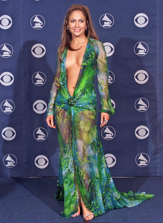 Sexy robe verte Versace de Jennifer Lopez