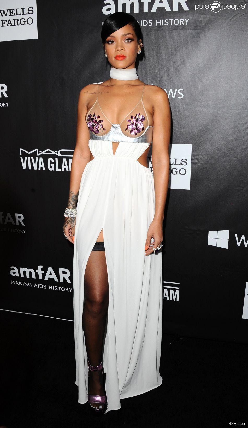 Rihanna était très sexy au gala Inspiration de l'amfAR 2014