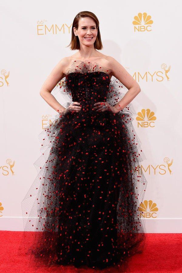 Sarah Paulson en robe noire  bustier en tulle
