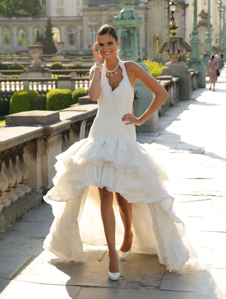robe-mariee-encolure-americaine-courte-devant  Robe de mariée ...