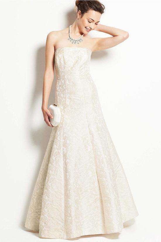 Robe de mariée bustier brocart coupe trompette