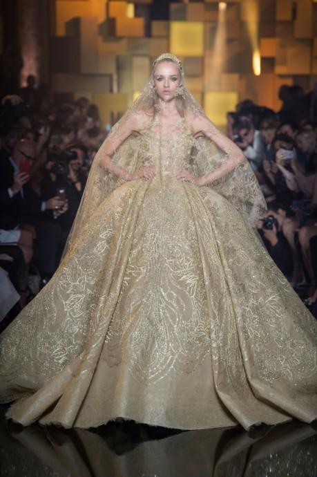 longue-robe de-noce-or-reine-elegante2015