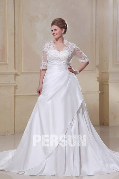 ef311e52ae2 robe-de-mariee-grande-taille-dentelle. Robe mariée grande taille chez Persun.  Cette robe est typiquement ...