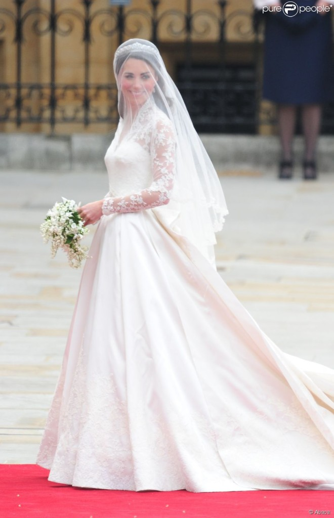 kate-middleton-divine-en-robe