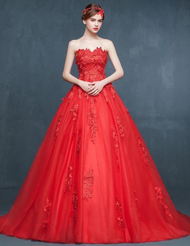 robe-de-mariee-rouge-bustier