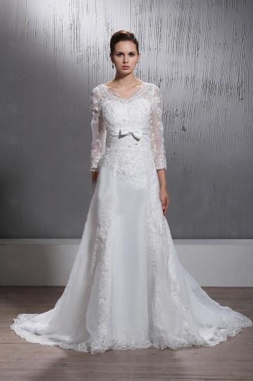 Robe de mariée manches longue dentelle col V