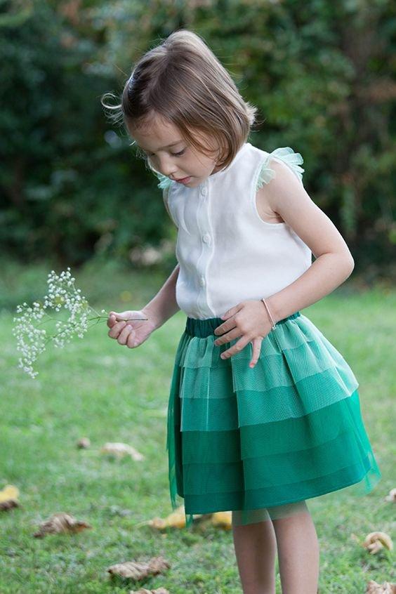 tenue verte & blanche pour cortège fille