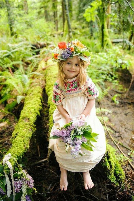 vintage robe à haut brodé pour cérémonie fille