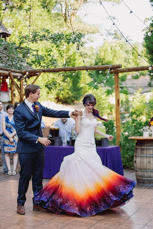 robe-de-mariage-color%C3%A9e-et-imprim%C3%A9e.jpg