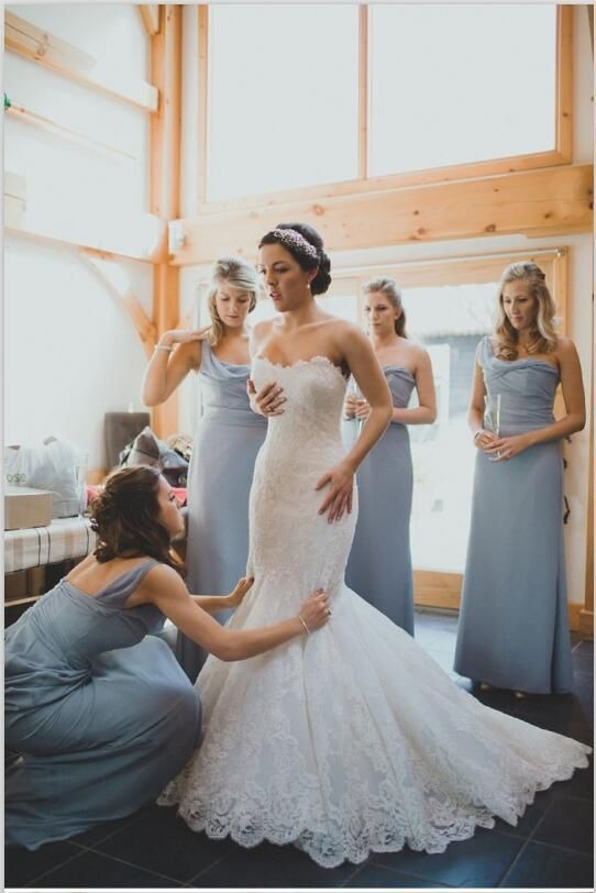 Robe chic bleu pour un mariage