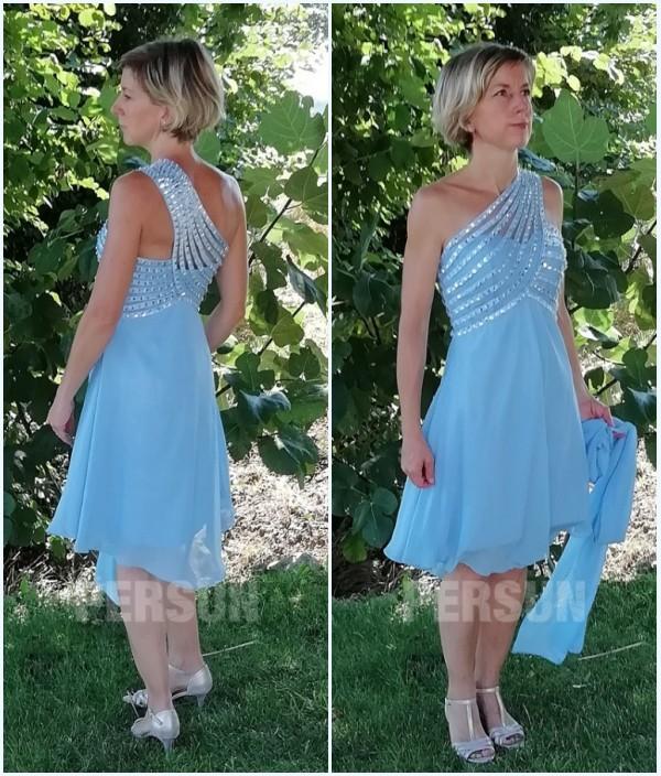robe de soirée bleu courte asymétrique orné de strass