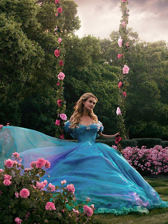 robe de mariée bleu cendrillon