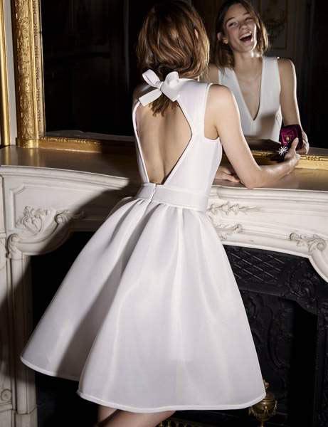 robe de mariée courte ligne A dos découpé