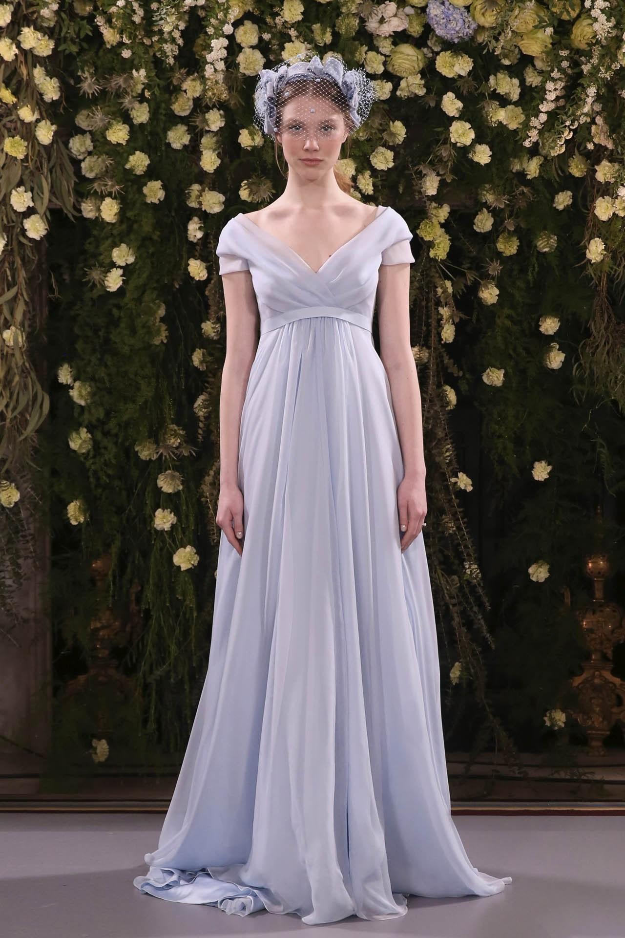 robe de mariée lavande empire pour femme ronde