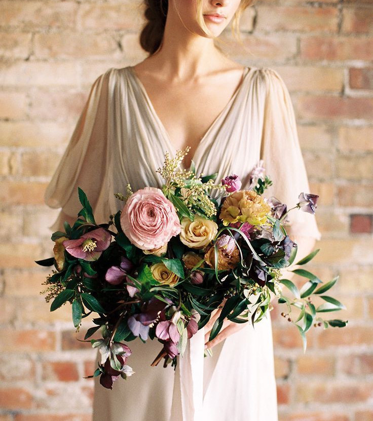 Bouquet de mariage asymétrique