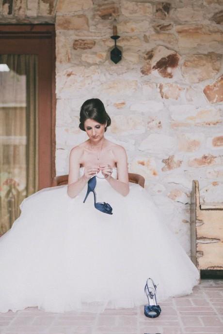 sandales bleues pour mariée