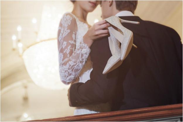 chaussures de mariage brillantes à talon haut