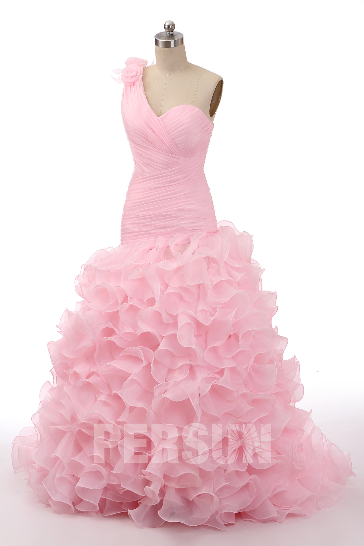robe de mariée rose asyméytique à volants