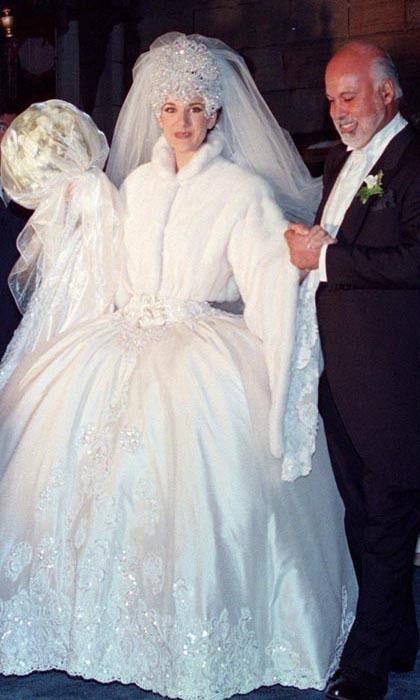 robe de mariée de Céline Dion jupe bouffante avec manche longue