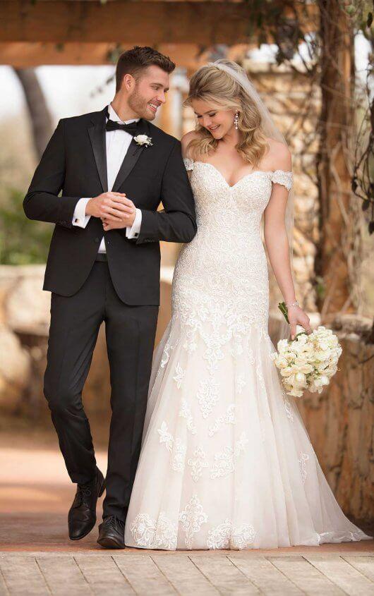 robe de mariée sirène épaule dénudé en dentelle