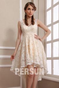 robe de mariée jupe irrégulière cl en V en dentelle