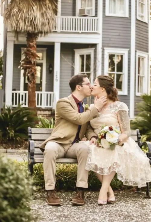 robe de mariée courte dentelle florale 3D 2019