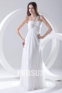 robe de mariée asymétrique fluide orné de strass