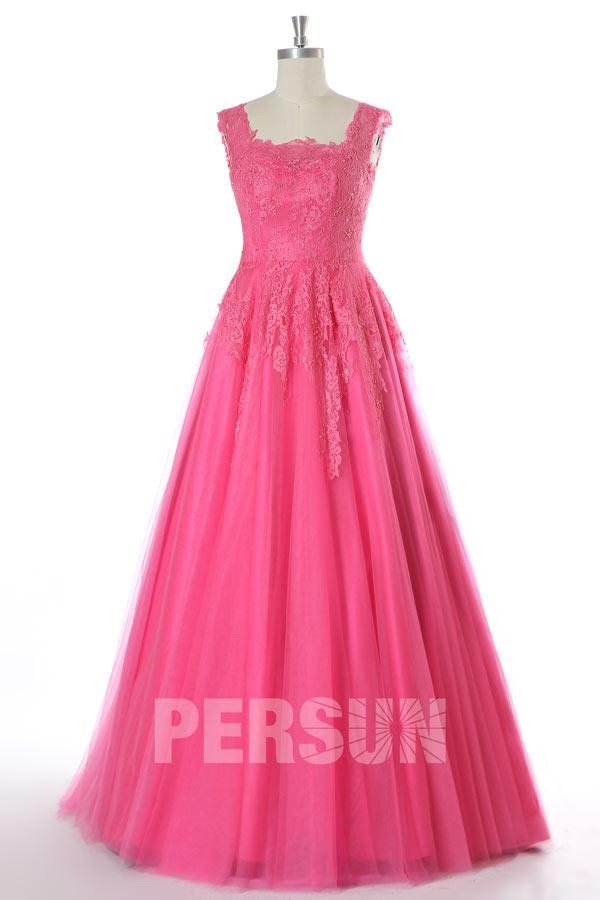 robe de mariée rose fuchsia appliqué de dentelle