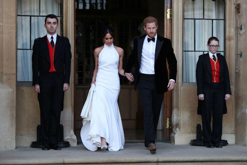 fccef386ba0bf la deuxième robe de mariée Meghan Markle