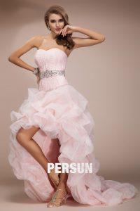 robe de mariée rose style bascule jupe à volants