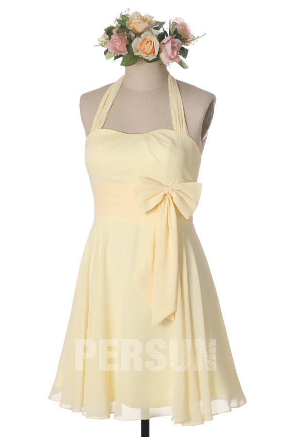 robe de cocktail courte simple jaune pastel col halter taille ornée de noeud papillon