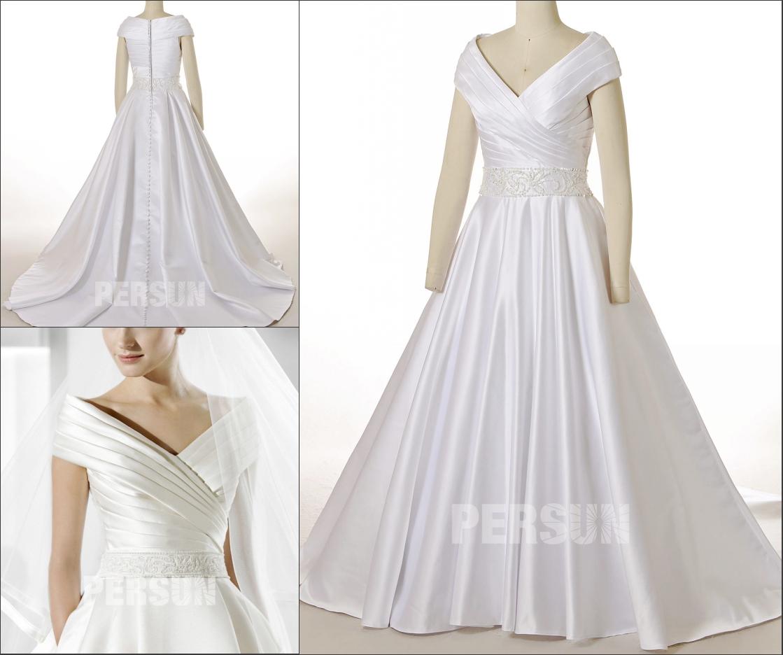 robe de mariée princesse décolleté v à enveloppe bustier plissé taille embelli de perlettes