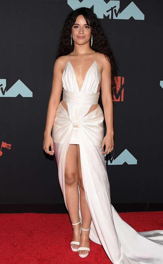 robe de soirée sexy ivoire de Camila Cabello