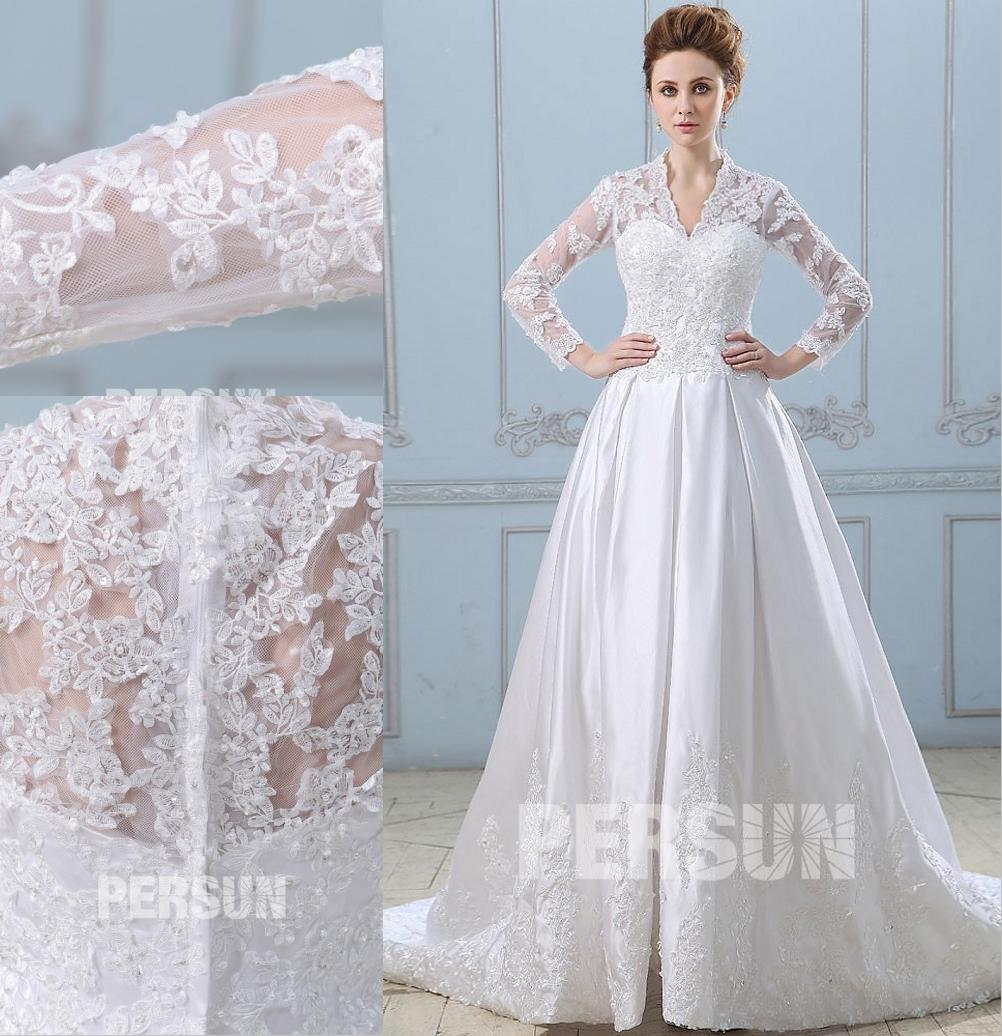 robe de mariée vintage à manche longue haut en dentelle et jupe brodé