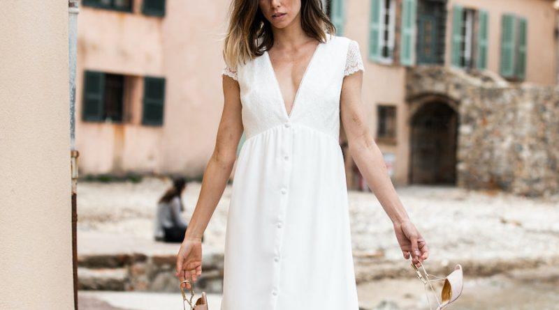 robe de mariée courte simple décolleté v à mancherons