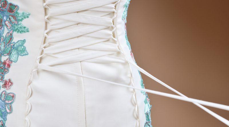 robe de mariée laçage